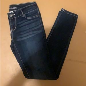 Women's size small jeans stretchy dark wash!